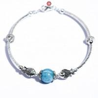 Vòng tay đá Hải Lam Ngọc 10mm phối charm bạc Thái